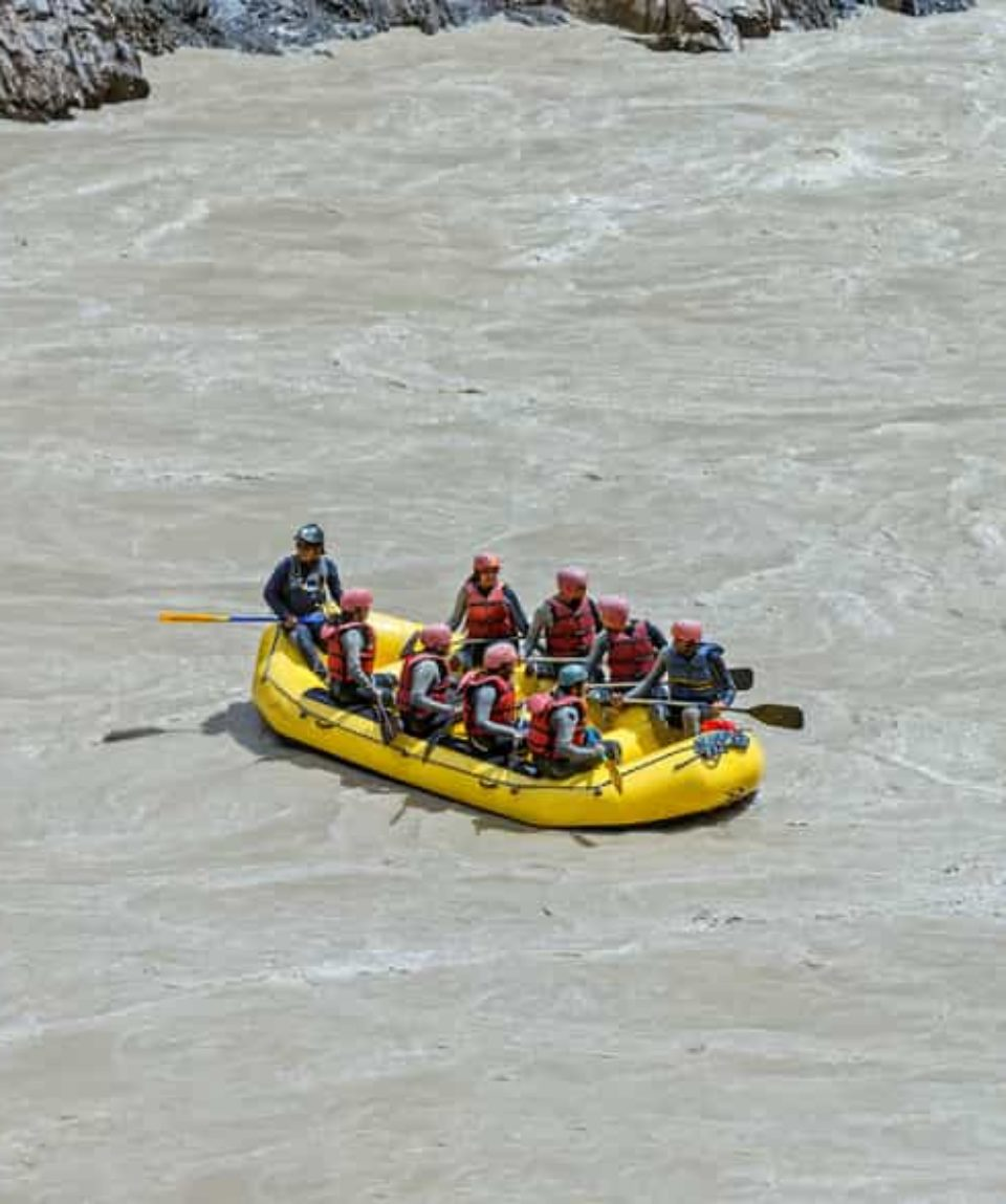 River-Rafting-at-Zanskar-River